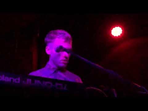 Chris Garneau live at Amnesia SF Mp3