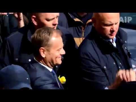 Donald Tusk przyjechał do warszawy na przesłuchanie w prokuraturze