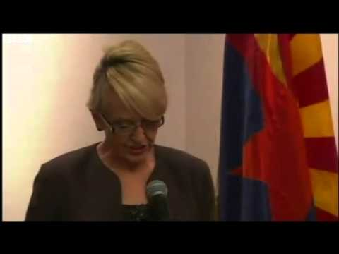 Arizona Governor Jan Brewer vetoes anti gay  bill