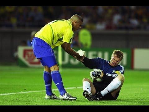 Ronaldo Brazil World Cup 2002 Story & Highlights - YouTube