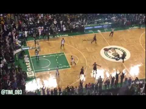 Paul Pierce scores his final points in the TD Garden (02/05/2017)