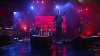 Repeat youtube video QOTSA - I Sat By The Ocean (Live On Letterman)