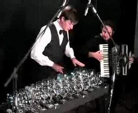 glass harp and accordion (Hungarian dance n°5-Brahms)