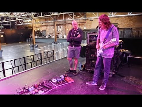 Rig Rundown - 311's Tim Mahoney, P-Nut, and Nick Hexum