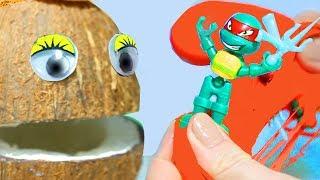 Песенка про Пальчики Мистер Кокос поёт песенку Учит цвета и находит новые сюрпризы игрушки