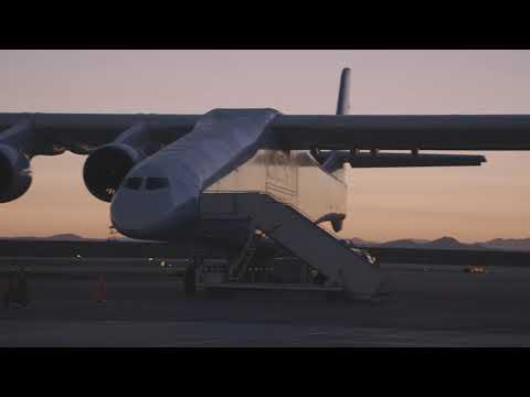 Así fue el primer vuelo del Stratolaunch, el avión más grande del mundo