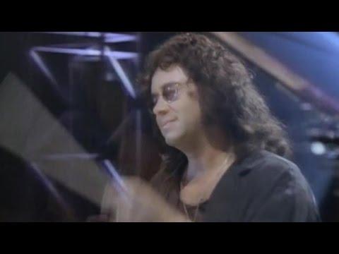 Перевод песен Robbie Williams: перевод песни Feel, текст