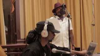 ANTHONY HAMILTON SINGS A TOP OF THE HOUR JAM FOR THE TOM JOYNER MORNING SHOW