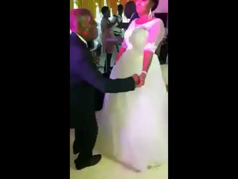 87 YEARS OLD GBENE OF OGONI GETS MARRIED TO HIS YOUNG BEAUTIFUL BRIDE IJEOMA