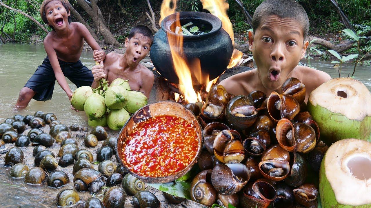 Primitive Technology - Kmeng Prey - Cooking Snails With Coconut