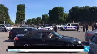 URGENT - Une voiture a percuté un fourgon de la gendarmerie. Les Champs-Élysées bouclés