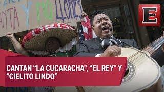 Mexicanos en NY llevan mariachi al abogado racista que insultó a hispanohablantes