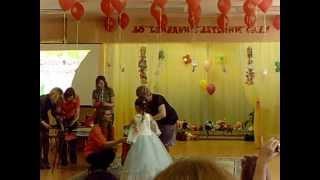 Кандалакша.Выпускной детского сада Юнга 24.05.2013.видео 4(, 2013-05-28T16:48:25.000Z)