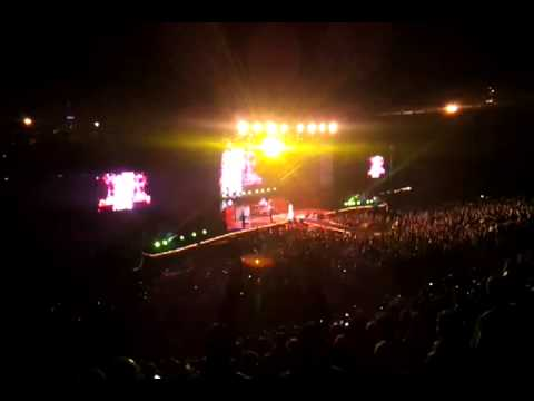 Aerosmith - Dude Looks Like a Lady (Live), Estadio Centenario, Montevideo, 09/10/13