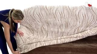 Видео инструкция по одеванию чехла на диван(Как надеть натяжной чехол на диван или кресло., 2014-10-19T04:14:18.000Z)