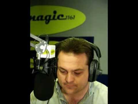 Radio's Steve Jordan does karaoke