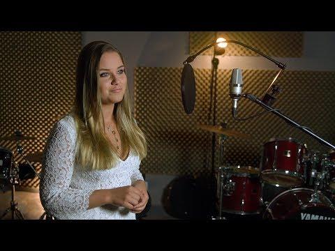 Hit Wesela ! Siostra Pana Młodego śpiewa Hallelujah na Weselu (Julia Jaworska)