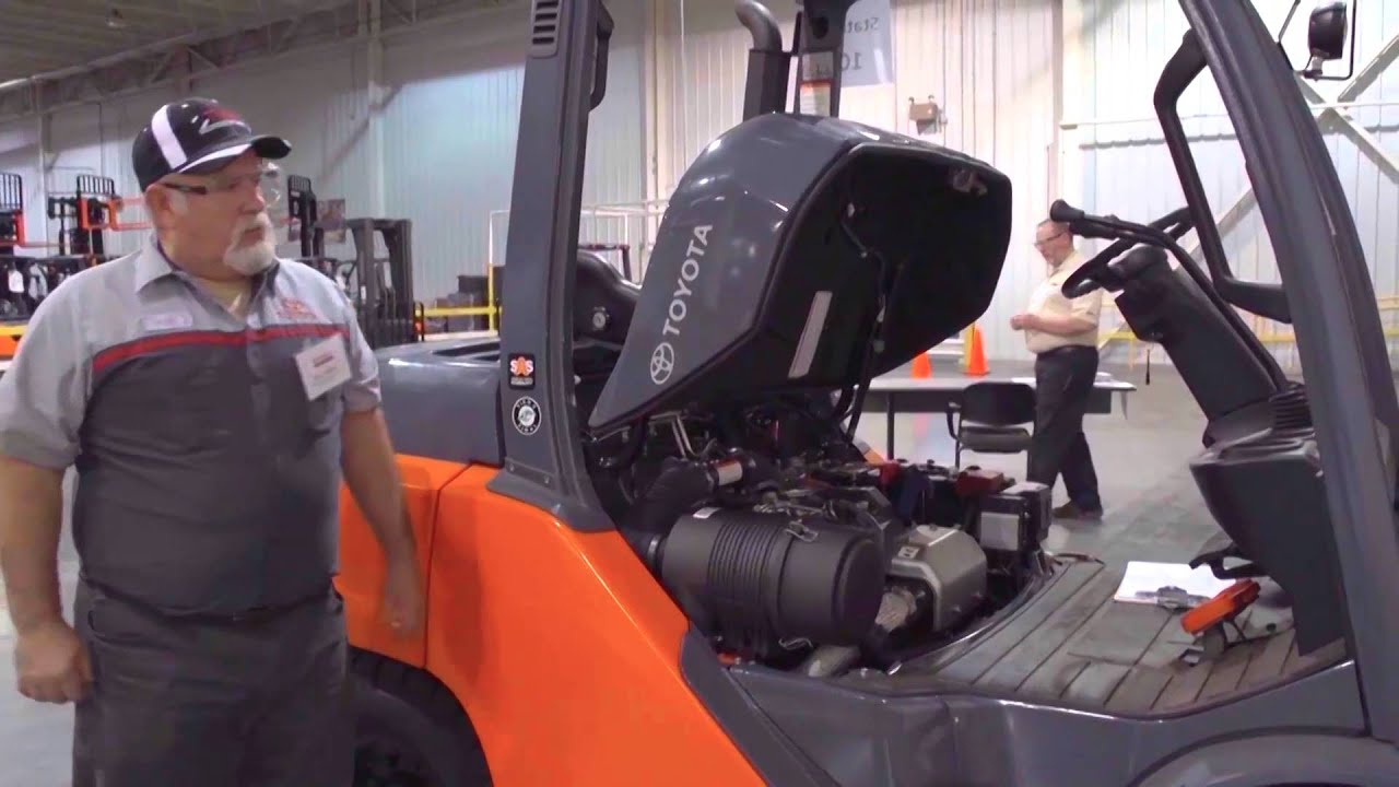 Forklift Technician Challenge 2015 Toyota Youtube