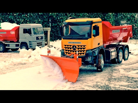Excavator videos for kids ✅ Trucks for children 👍 Winter Service