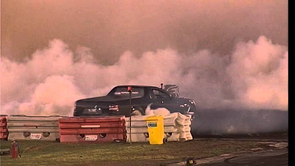 Blown VE Ute Mark Schwirse Murray Bridge Burnout Classic Q2