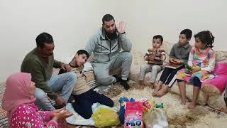 Arme gezin in Tanger bezocht.