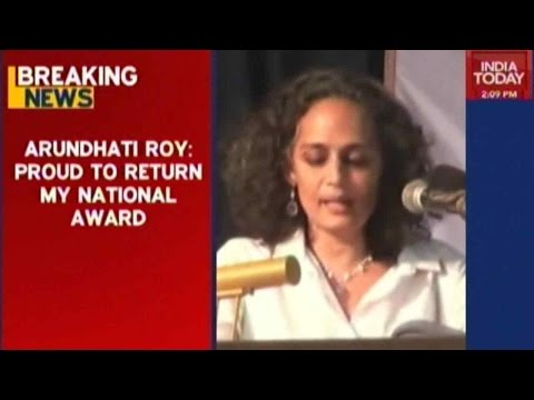 Arundhati Roy, Saeed Mirza To Return National Awards