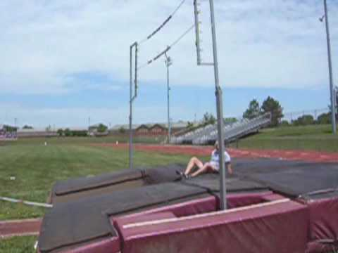 Canal Winchester Pole Vault 2