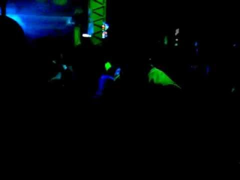 Peru - Iquitos -  Music & Dance & Fun  in Club (7 Augustus 2006)