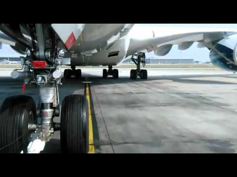 Pushback A380-800 MALAYSIA  AIRLINES  by KLAS ENGINEERING