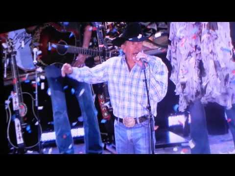 George Strait sings