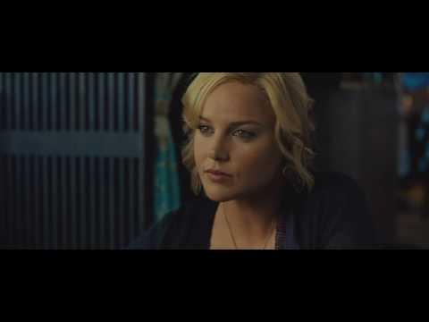Bradley Cooper (Eddie Morra) speaks Chinese scene - Limitless