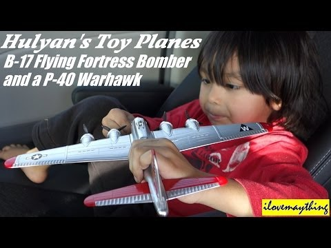 Airplane Toys: B17 Flying Fortress Bomber & P-40 Warhawk Fighter Plane. Toy Unboxing