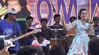 MONATA Tangerang - Handuk Merah Ria Mustika