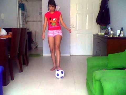 Jugando Futbol Mujer Youtube