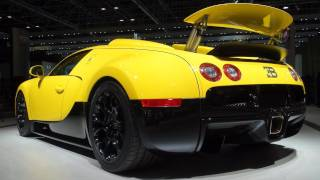 Bugatti Veyron Grand Sport Limited Editions - Dubai Auto Show Videos