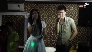 Hương Tràm cùng anh trai Tiến Mạnh live Qua Đêm Nay live