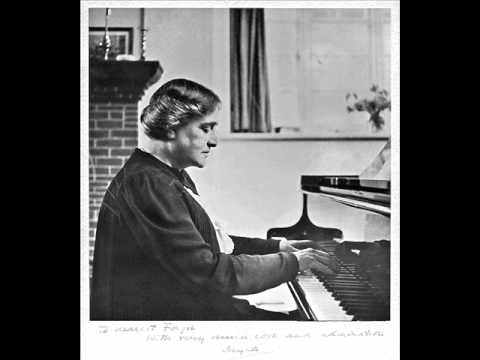 Myra Hess plays Schubert Sonata D664 (1/3)
