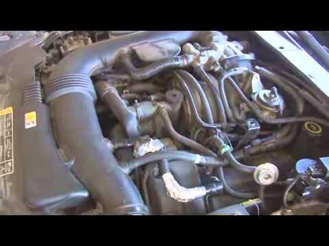 2001 Lincoln LS 39 V8 Engine Rattle  YouTube