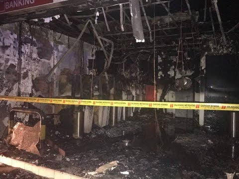 Money up in smoke after fire burns down Miri banking centre