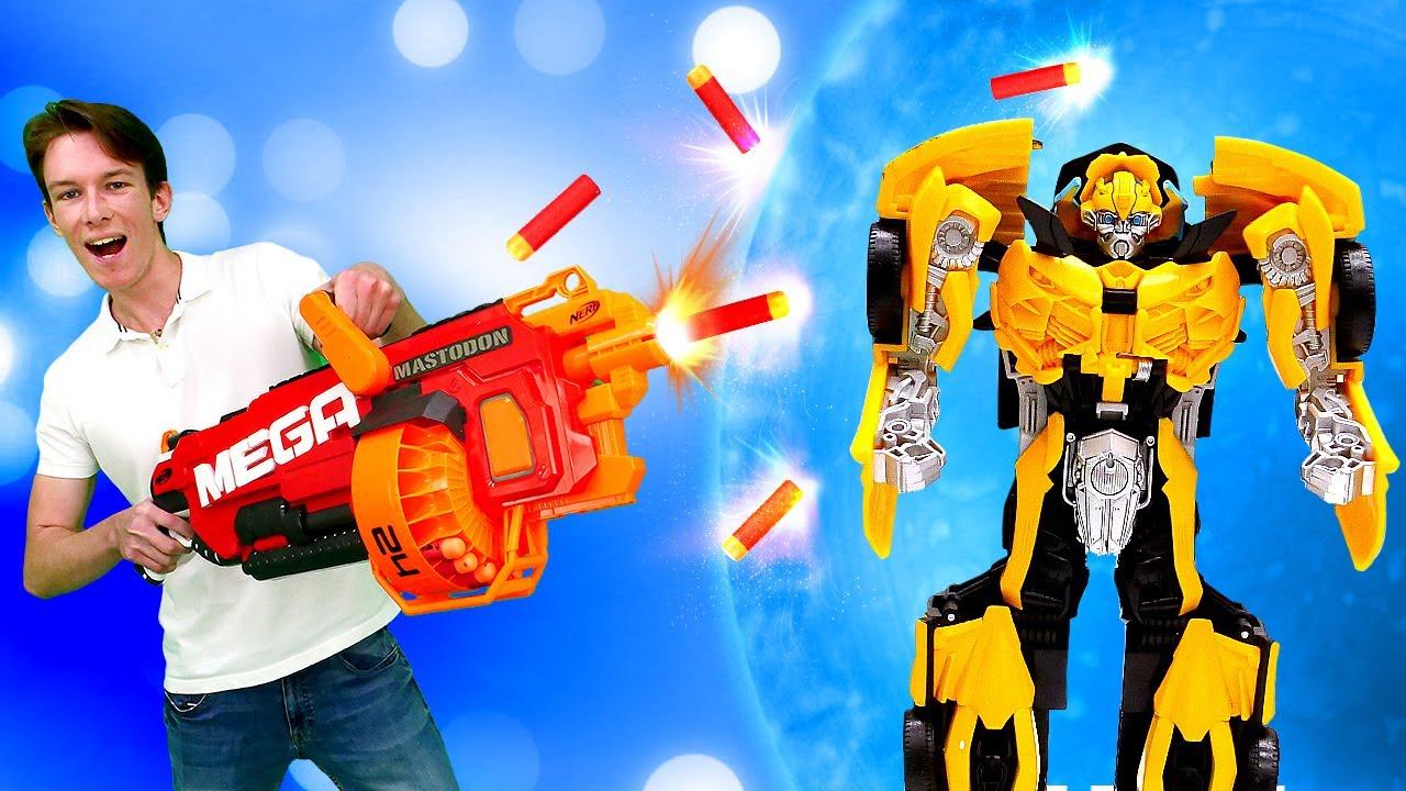 Rescatamos a Oprimus Prime con Mega Nerf. Juguetes Autobots y Transformers. Vídeo para niños
