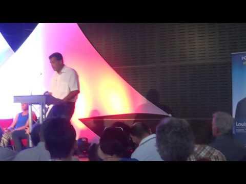 Louis Aliot and CIe live au palais des congrés (world PO tour)