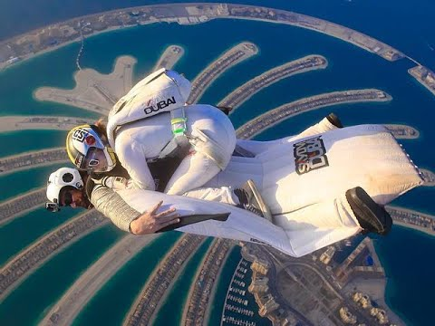 Skydive Dubai at Burj Khalifa Hotel www.DUBAI.vacations