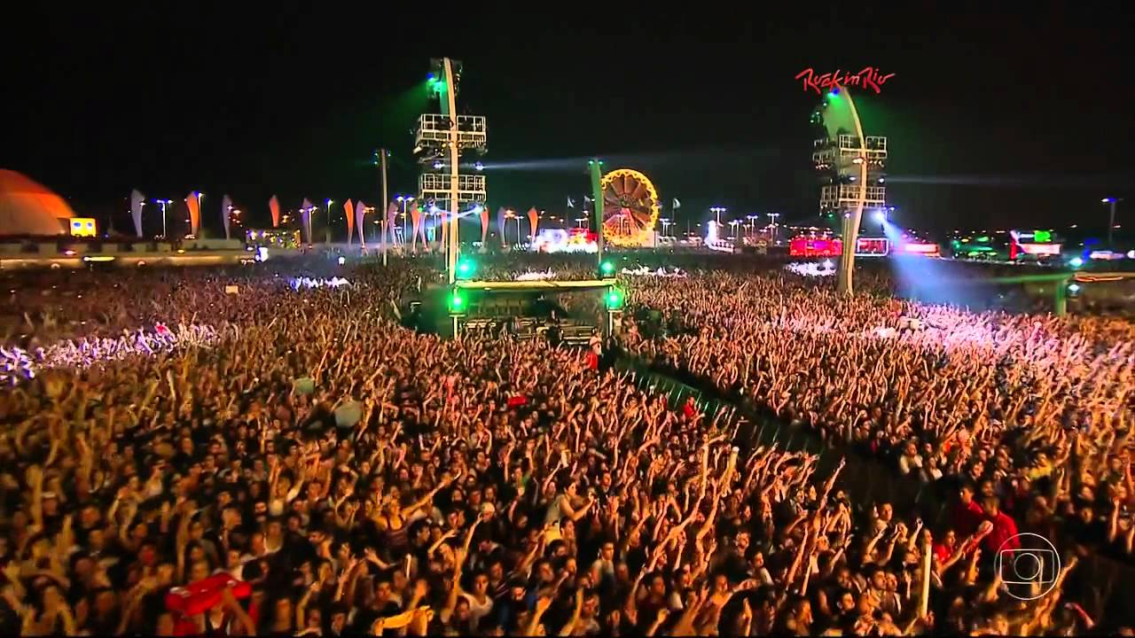 Maroon 5 - This Love Live at Rock in Rio (HD) - YouTube
