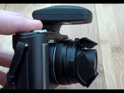 Jobo PhotoGPS2 Hotshoe Geotagger Review - A review of the Jobo PhotoGPS 2. Demonstrated on an LX3.