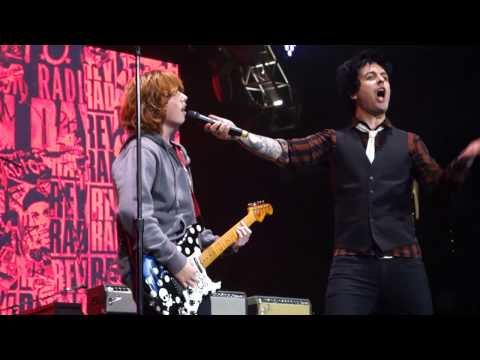 Green Day - Longview and J.A.R. – Live in Oakland