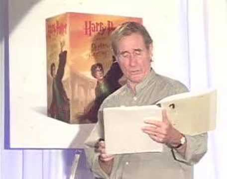 Jim Dale reads Harry Potter in B&N party [Part 3 of 6]