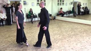 Вальс в зеркалах (пары), начало, преподаватели(Проект «Петербург танцует вальс», постановка «Вальс в зеркалах». Партия для пар, начало. На видео хореограф-..., 2015-09-19T17:39:33.000Z)
