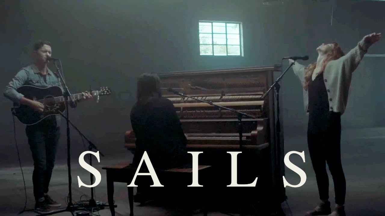 Pat Barrett - Sails (feat. Steffany Gretzinger & Amanda Lindsey Cook) (Live)