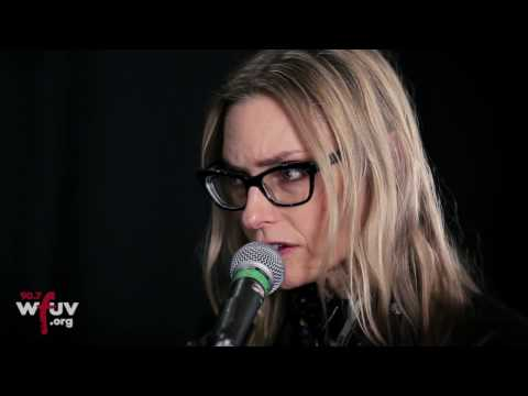 """Aimee Mann - """"Rollercoasters"""" (Live at WFUV)"""
