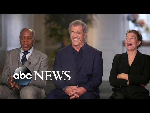 'Lethal Weapon' cast reunites for 30th anniversary of the classic buddy cop film